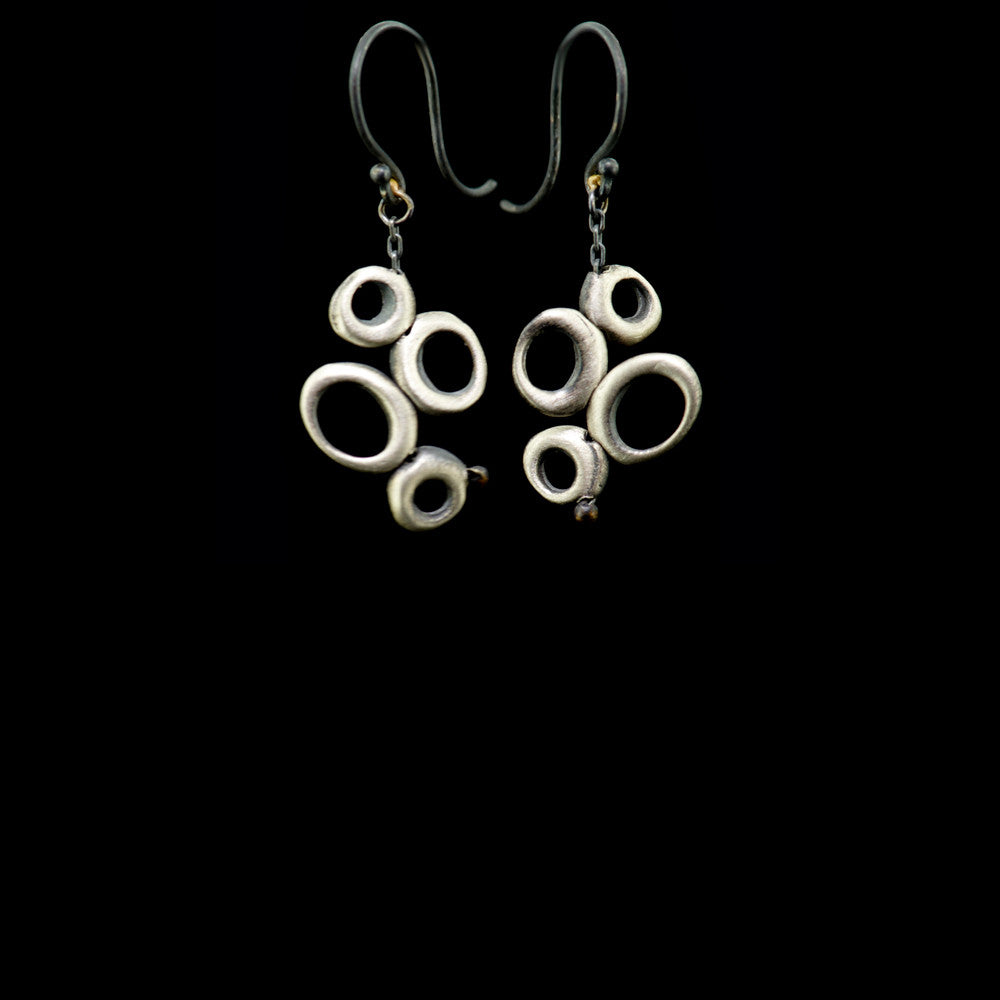 small dancing ovals earring