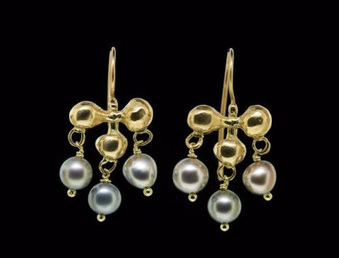 Small Edwardian Earring with Tahitian Drops
