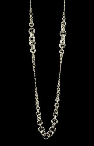 Multi Cluster Tapered Chain Link Necklace