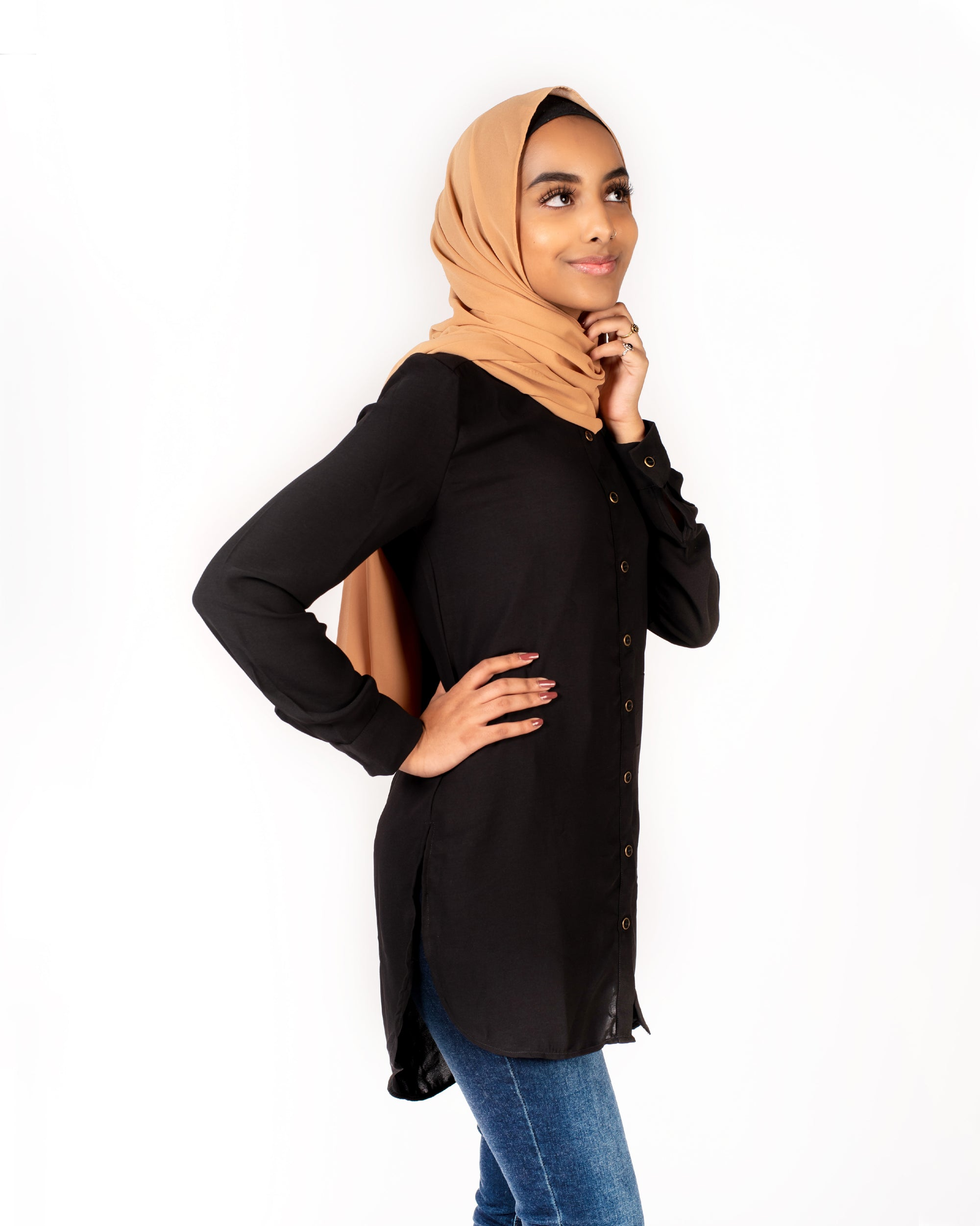 Lilana Modest Top - Black
