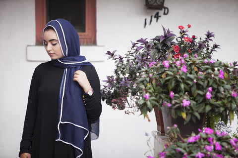 Viscose Hijab with white satin trim - Navy - Verona Collection