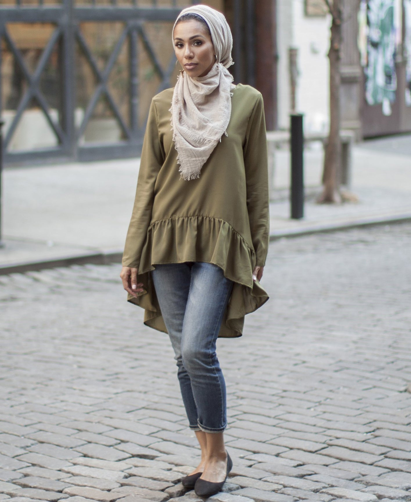 Sofia Modest Top - Army Green