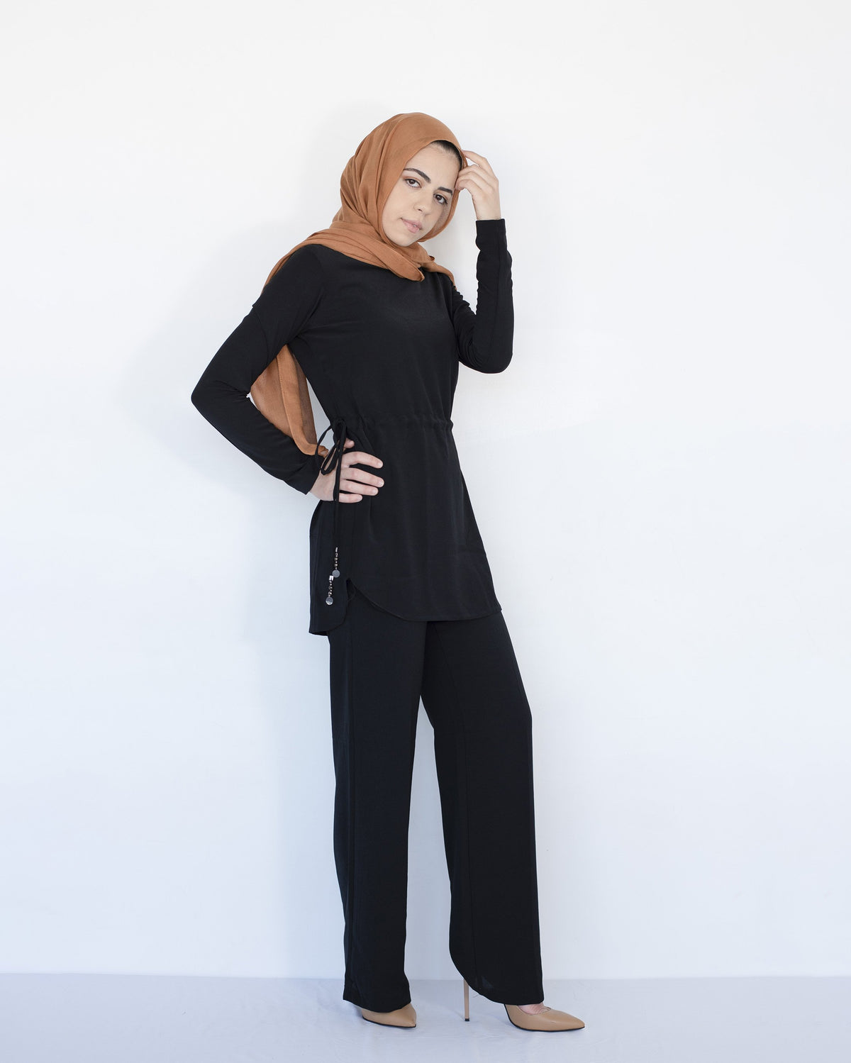 Ari Modest Co-ord set - Black - Verona Collection