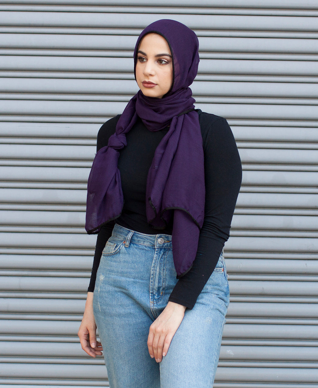 Viscose Hijab with black satin trim - Plum