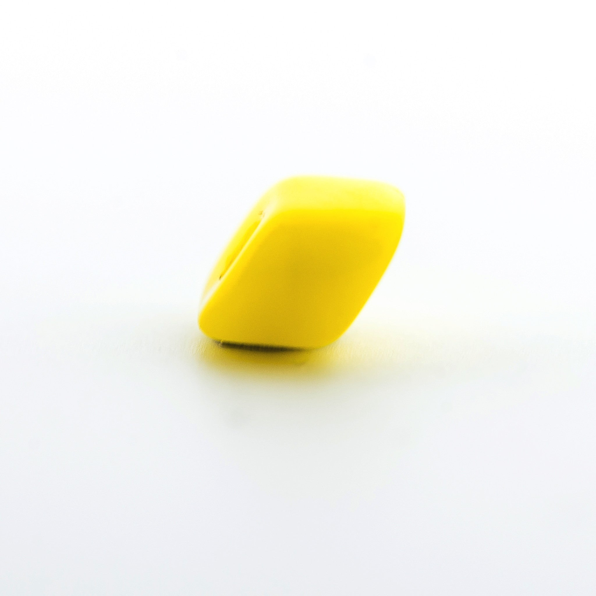 Yellow Glass Chip Bead (300 pieces)
