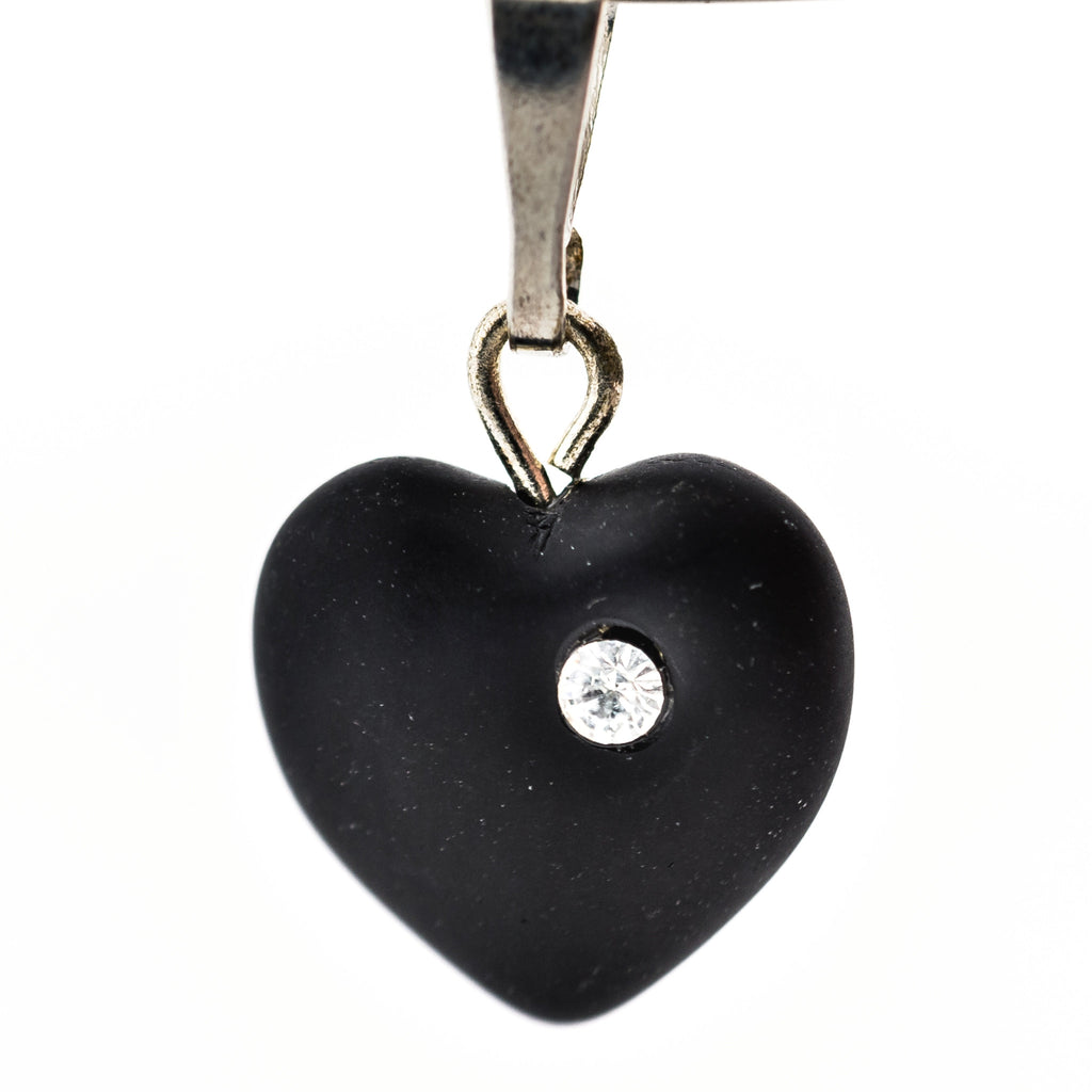 11MM Black Mat Heart Drop w/Crystal Pp (12 pieces)