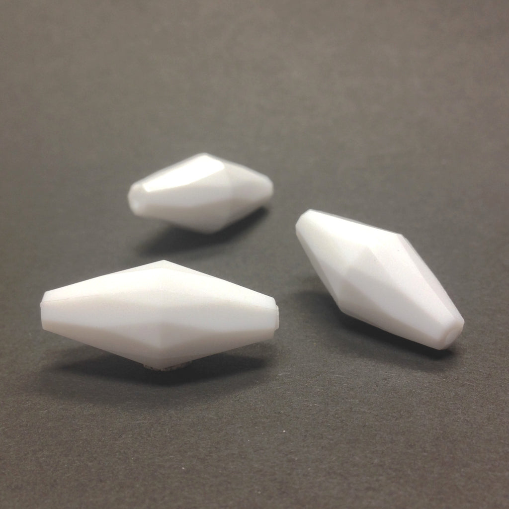 20X10MM White Faceted Oval Bead (36 pieces)