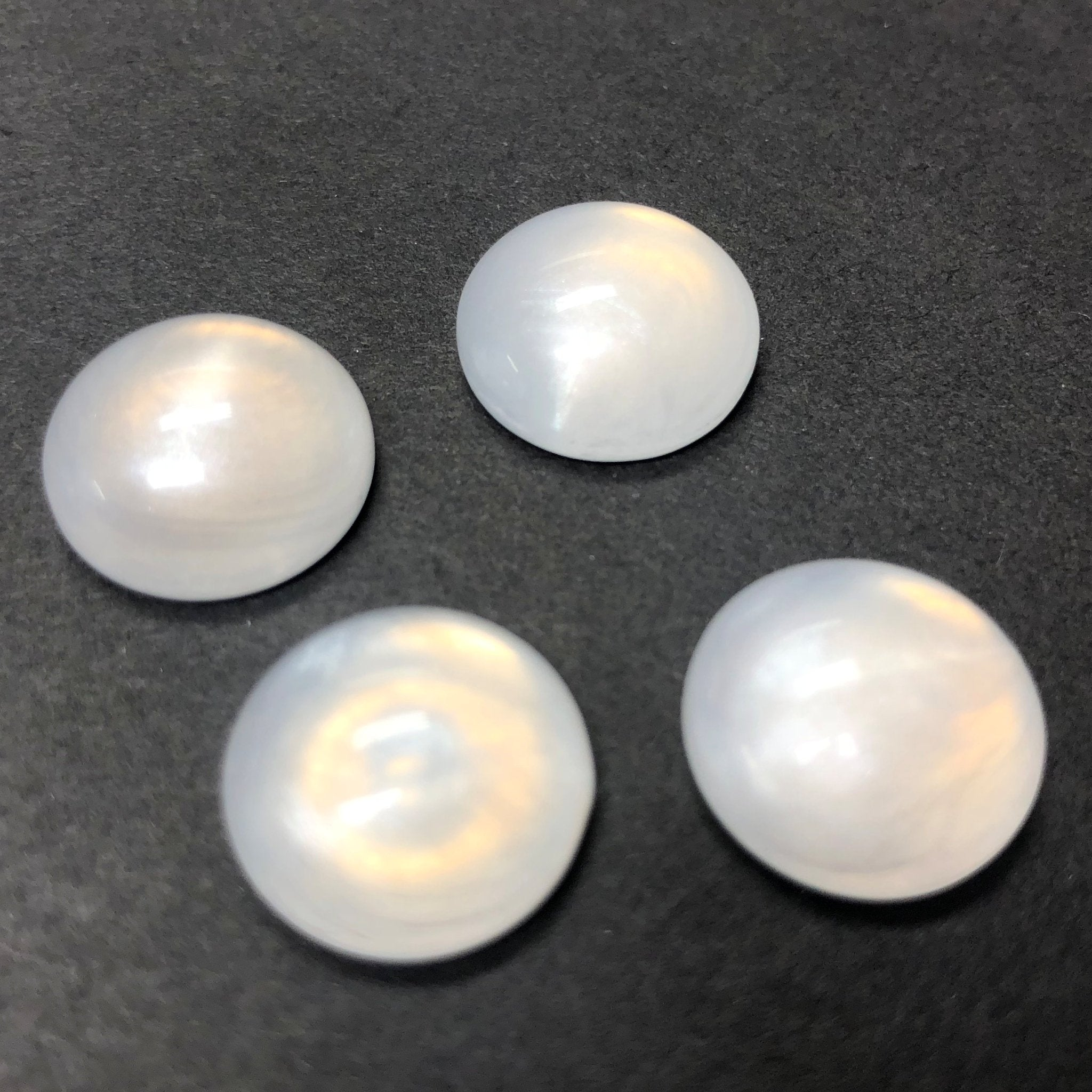 "15MM White ""Frost"" Round Acrylic Cab (12 pieces)"