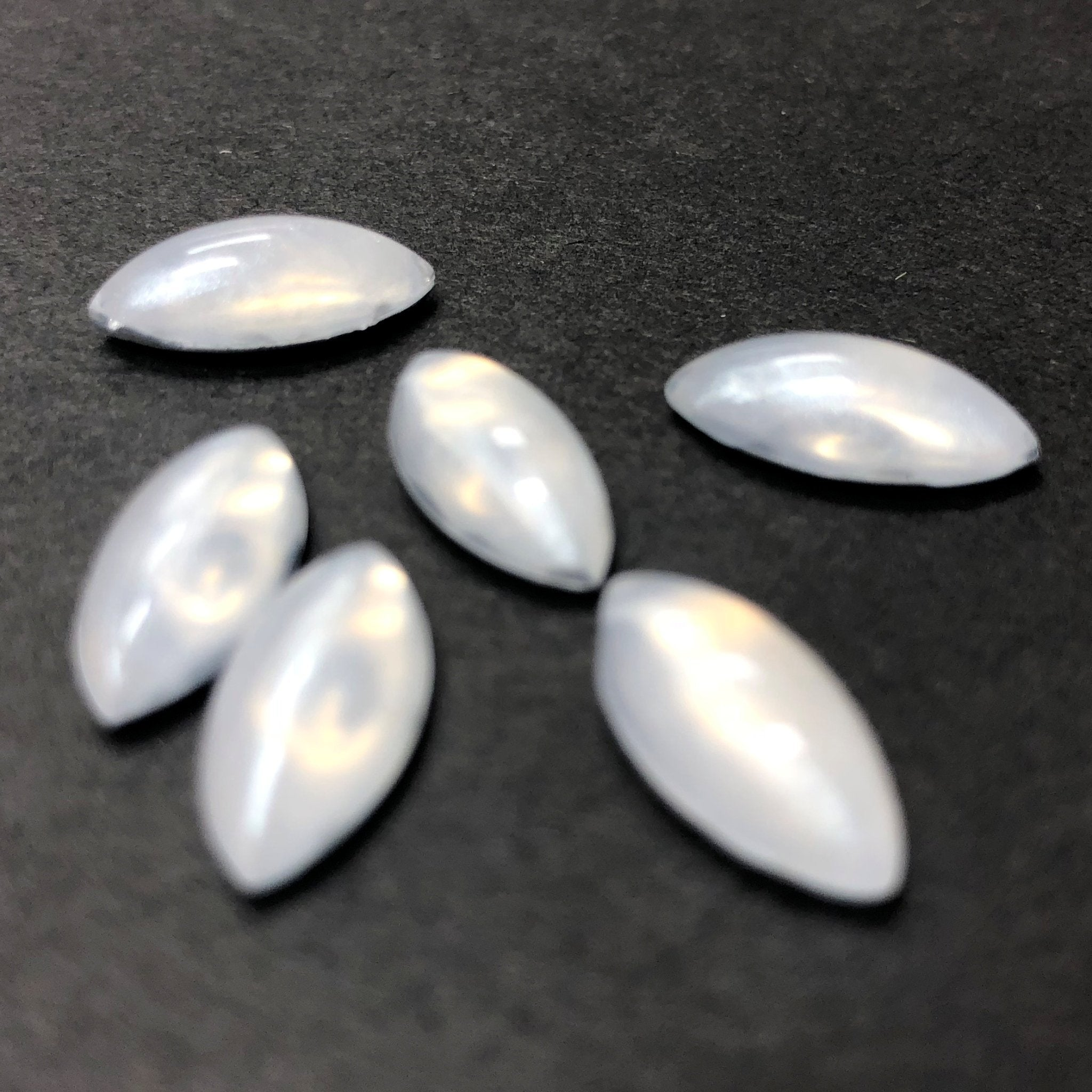 "15X7MM White ""Frost"" Navette Acrylic Cab (12 pieces)"