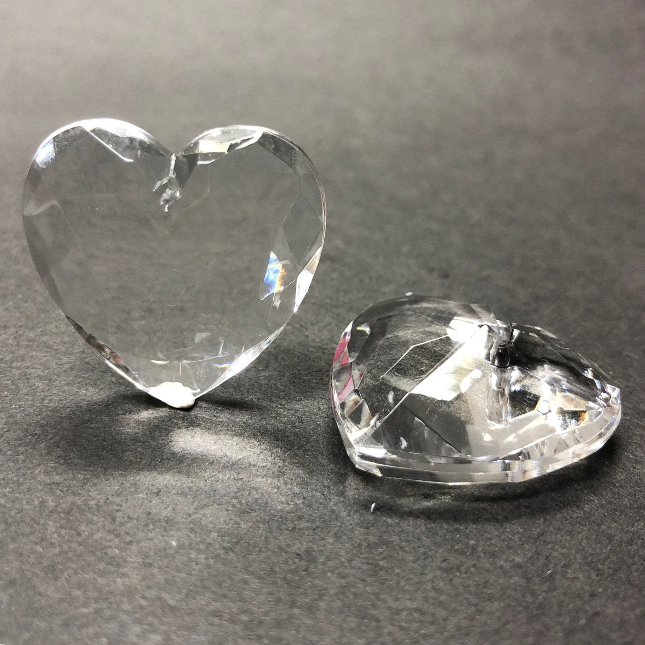 27MM Crystal Acrylic Faceted Heart Drop (12 pieces)