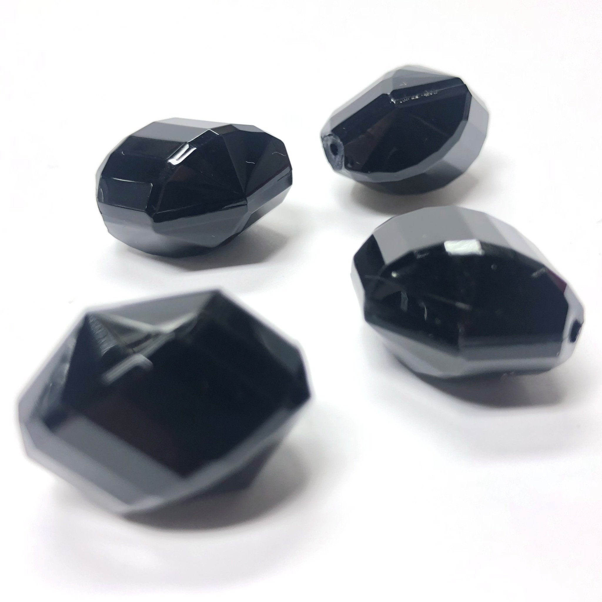 15X11MM Black Faceted Oval Acrylic Bead (72 pieces)