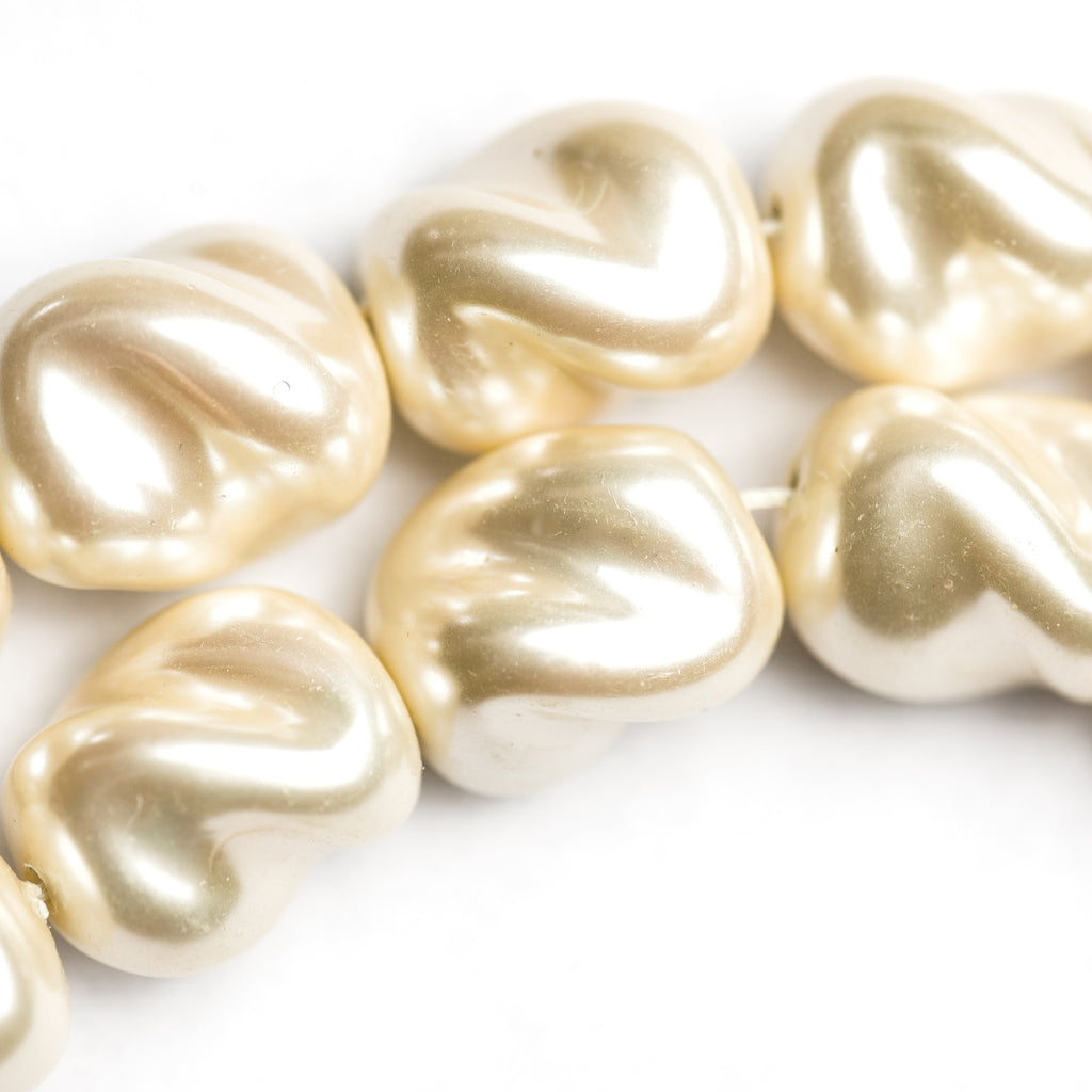 19X16MM Fancy Cultura Glass Pearl Bead (3 pieces)