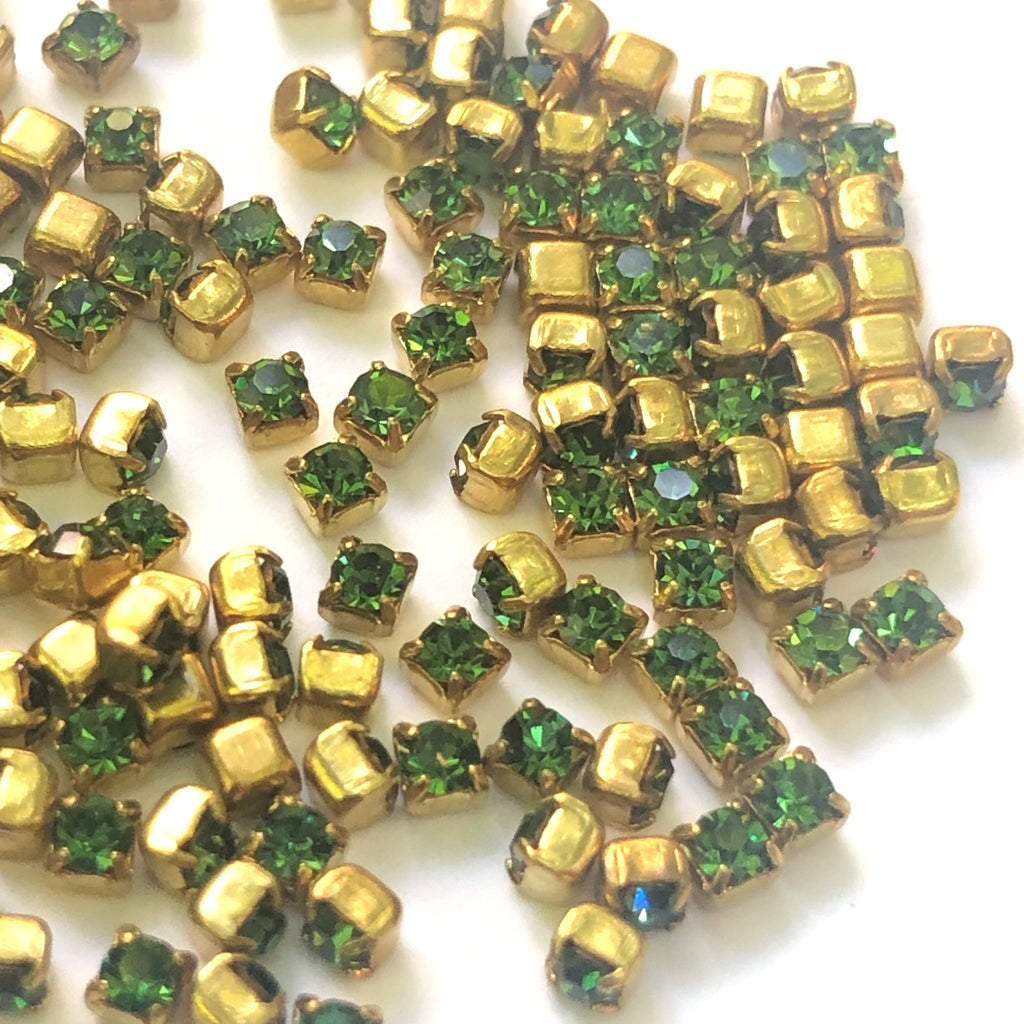 P14 4-Prong Set Peridot/Brass (288 pieces)