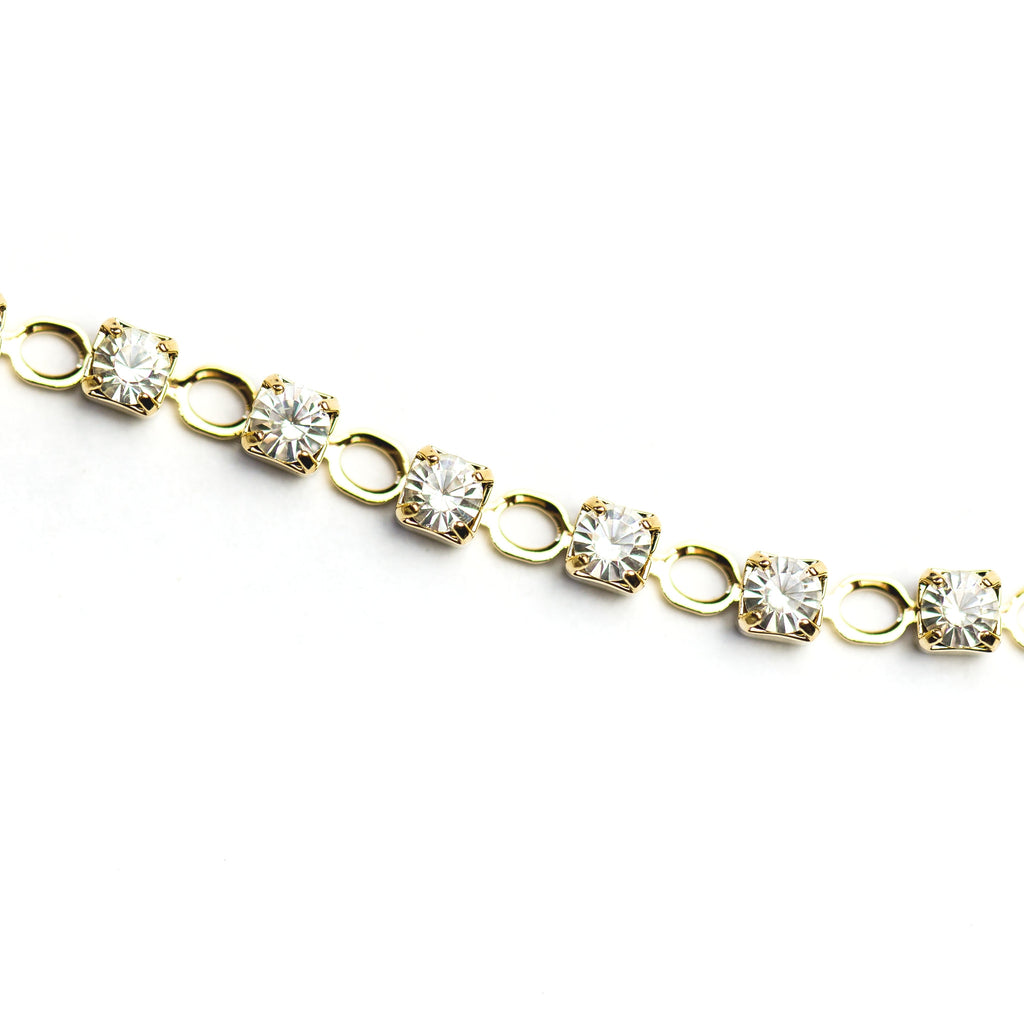 Round Skip Chain Crystal/Gold (1 foot)