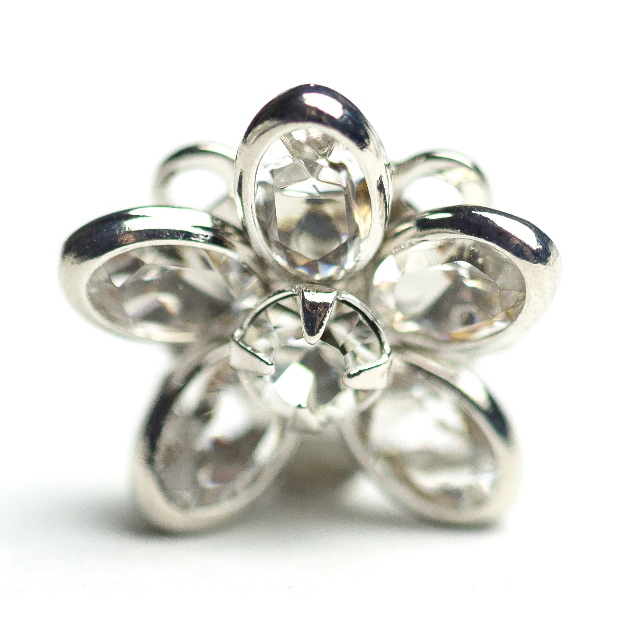 15MM Sm.Channel Button Crystal/Rhodium (2 pieces)