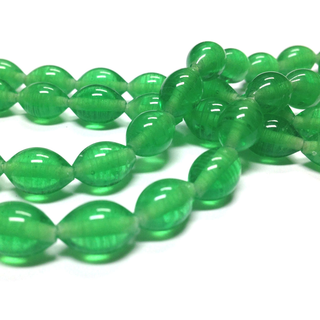 10X7MM Emerald Swirl Glass Oval Bead (60 pieces)