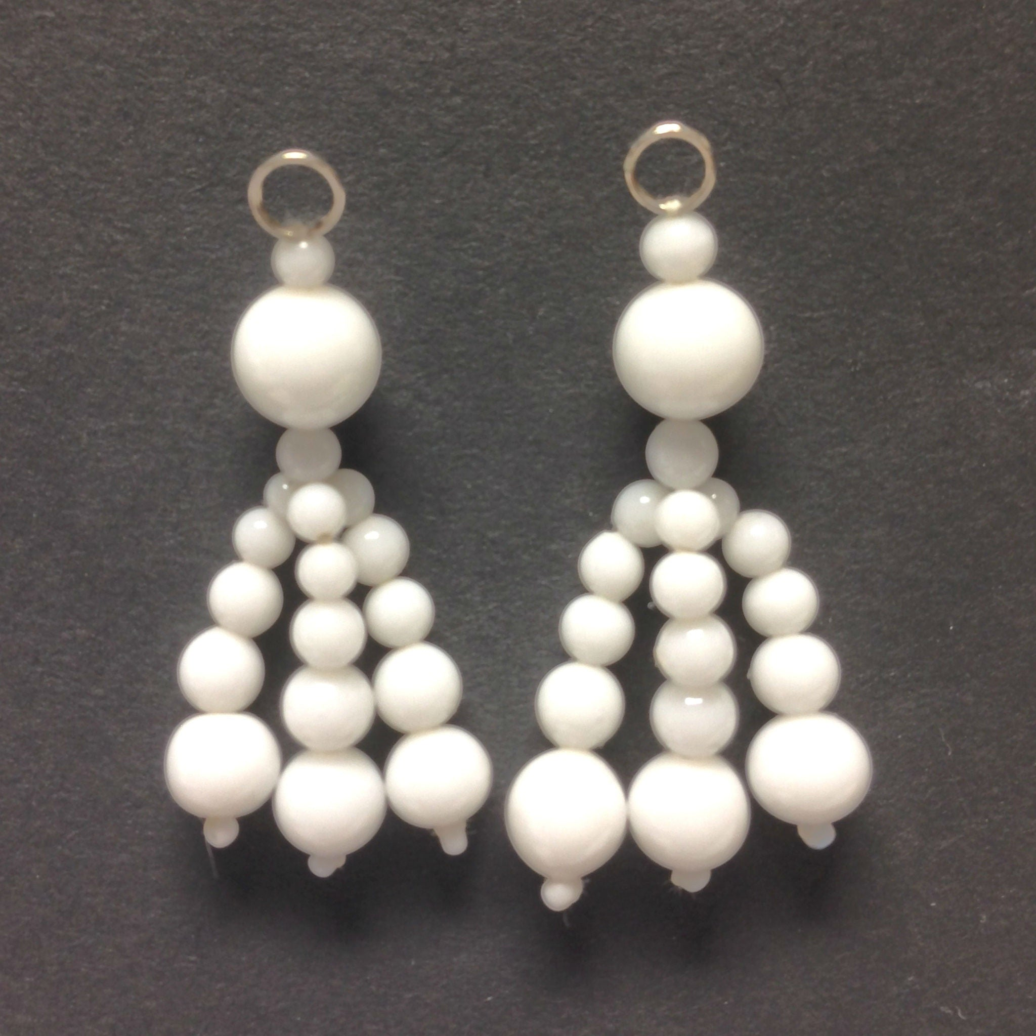 Chalk White Tassel Drop With 3-8MM Beads (12 pieces)