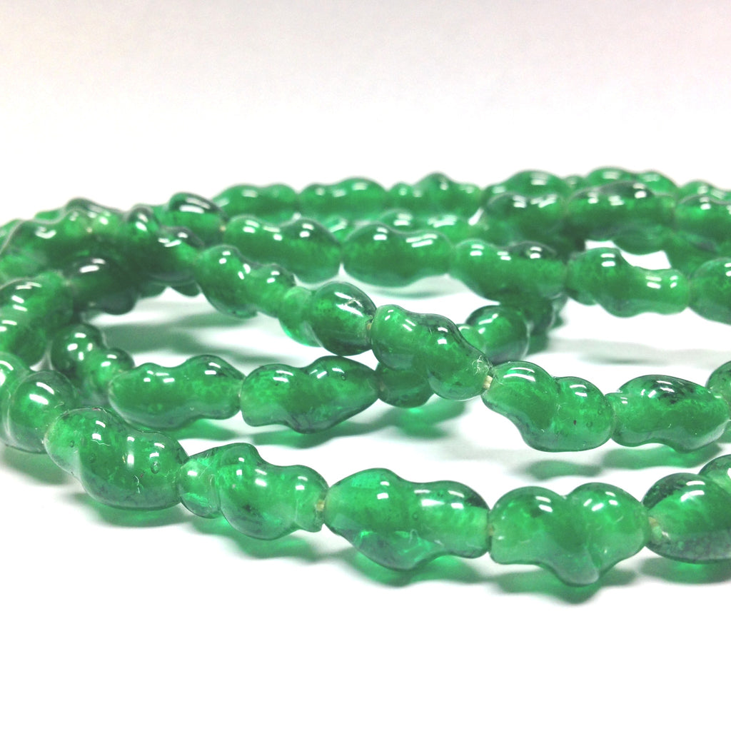 20X10MM Emerald Green Twisted Glass Oval Bead (36 pieces)