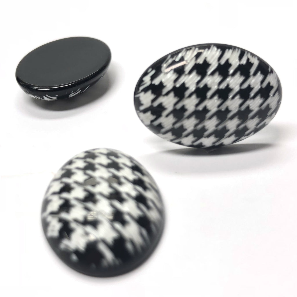 "25X18MM Black And White ""Houndstooth"" Oval Cab (4 pieces)"