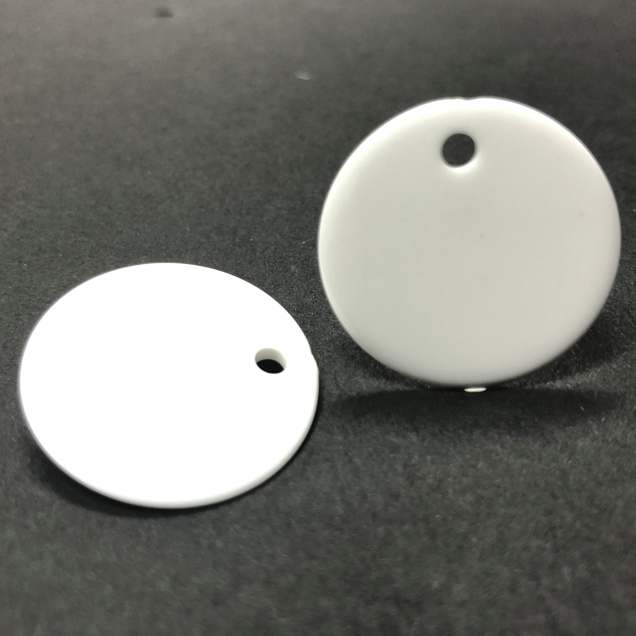 24MM White Disc Drop (36 pieces)