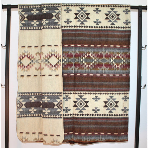 Alpaca Blanket: Andean Design - Old Barn