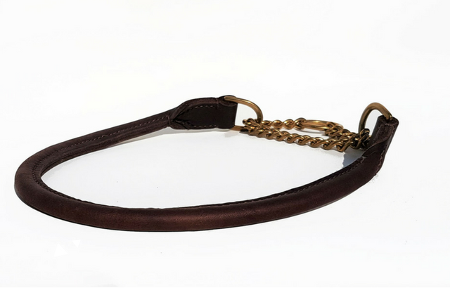 Rolled leather half-check collar