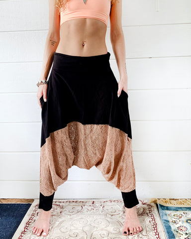 Wind and Tea Lace | Pants