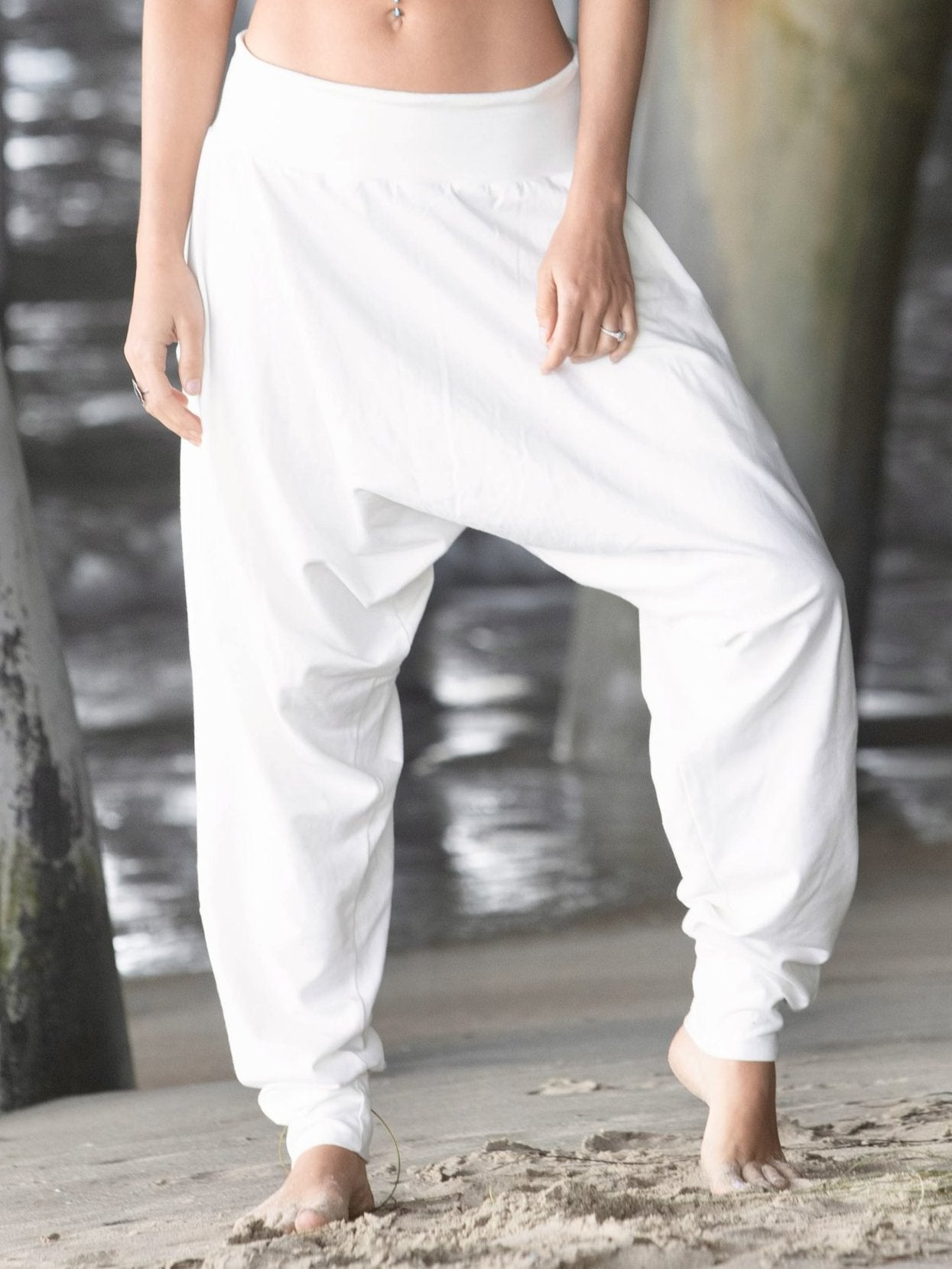 White | Wander Pant | Her
