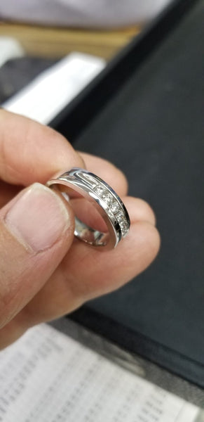 Men's Ring with diamonds / MRD28