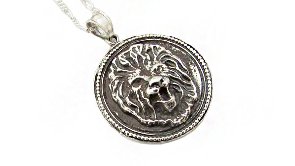 Lion Pendant / LY2
