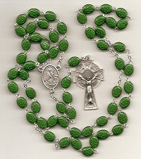 Irish Shamrocks and Celtic Crucifix Rosary Beads