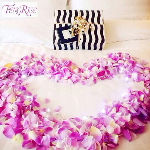 500 pcs Silk Rose Petals Confetti
