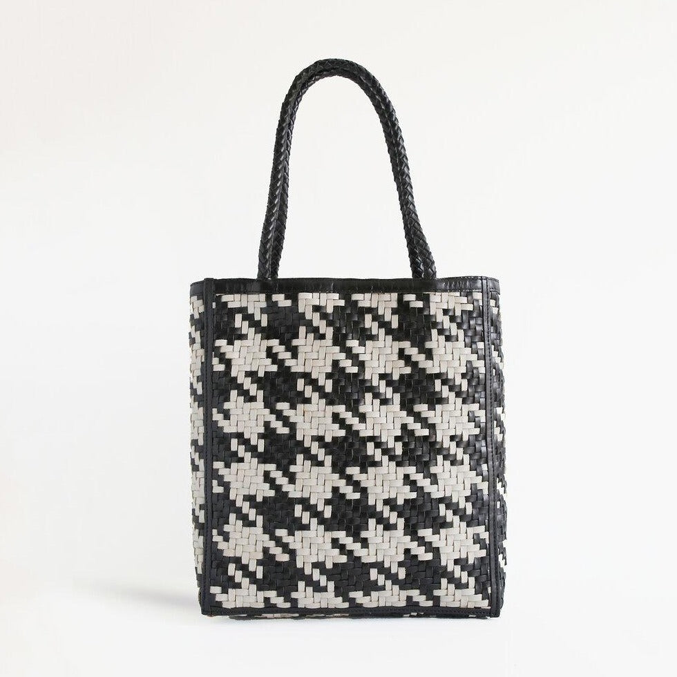 Le Tote Black/White Houndstooth