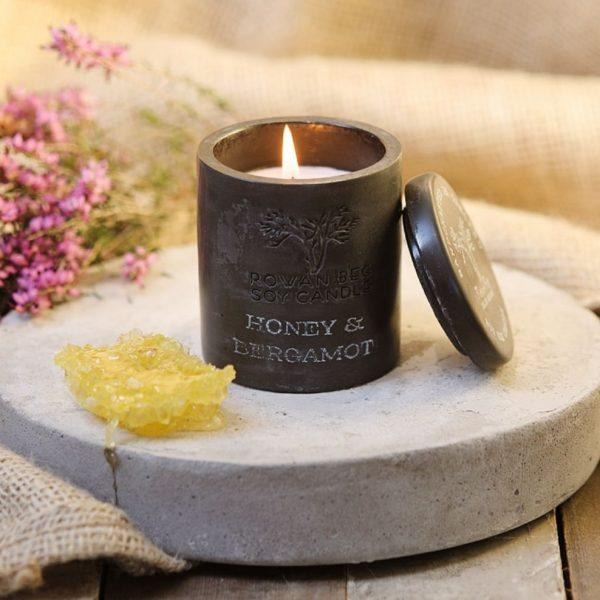Rowan Beg Urban Candle - Honey & Bergamont