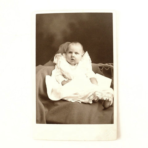 Antique Photograph Cabinet Card of Baby from Pontiac Illinois (c.1890s) - thirdshift