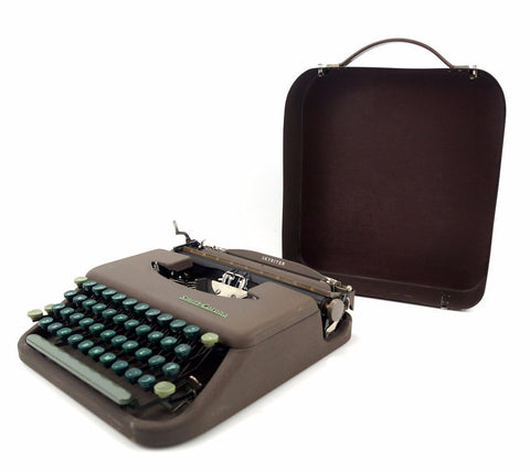 Vintage Smith Corona Skyriter Portable Typewriter in Metal Case (c.1949) - ThirdShiftVintage.com