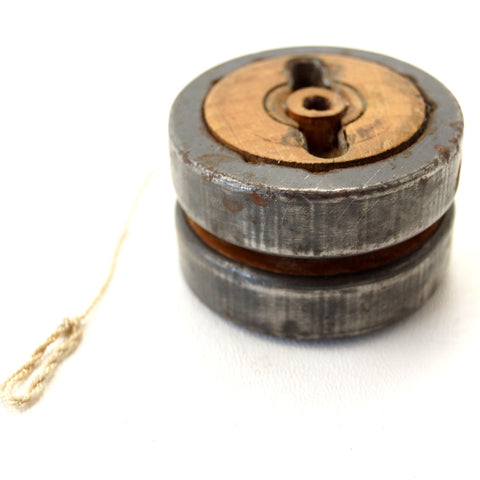 Vintage Yo-Yo in Wood and Metal (c.1910s) - ThirdShiftVintage.com