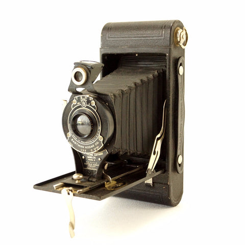 Vintage Kodak No 2 Folding Cartridge Hawkeye Camera Model B (c.1924) - ThirdShiftVintage.com