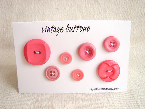"Vintage Buttons in Dark Pink (Set of 7) ""The Pretty in Pink Set"" (c.1960s) - thirdshift"