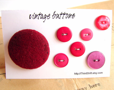 "Vintage Buttons in Burgundy Pink (Set of 7) ""The Boones Farm Sangria Set"" (c.1960s)"