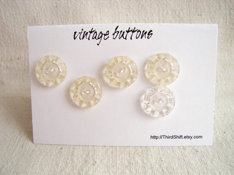 "Vintage Clear Buttons Crystal-Like Pattern (Set of 5) ""The Hope Diamond Set"" (c.1960s) - ThirdShiftVintage.com"