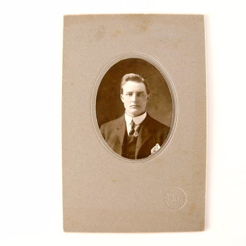 "Antique Photograph Cabinet Card of Man in Black and White, 4"" x 6"" from Eden Valley MN (c.1890s) - ThirdShift Vintage"