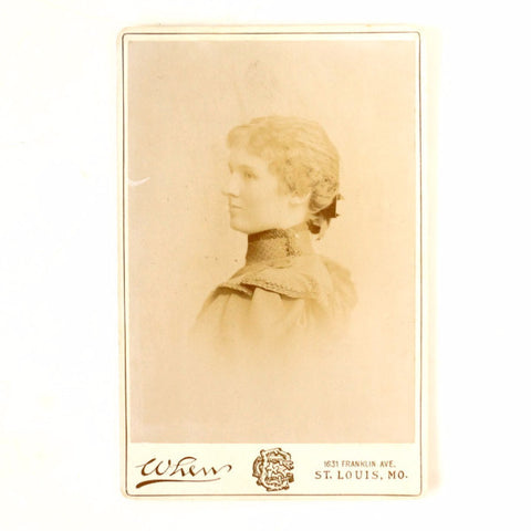 Antique Photograph Cabinet Card of Young St. Louis Missouri Woman (c.1893) - ThirdShiftVintage.com