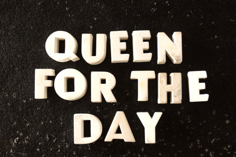 "Vintage White Ceramic Push Pins ""Queen For The Day"" (c.1940s) - thirdshift"