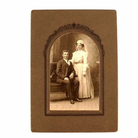 Antique Photograph Cabinet Card of Wedding Couple (c.1890s) - thirdshift