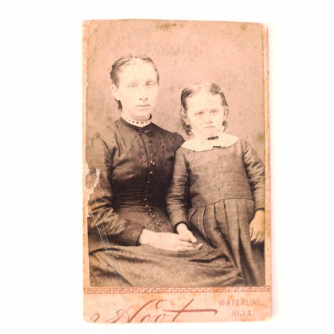 Antique Photograph of Mother and Daughter, Minnie and Addie May Jones (c.1890s) - ThirdShiftVintage.com
