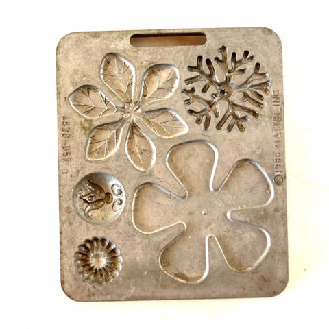 Vintage Fun Flowers Creepy Crawler Mold for Mattel Thingmaker #4520-057 (c.1966) - thirdshift
