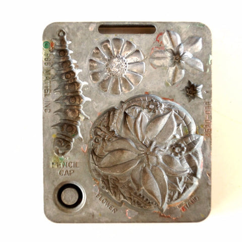 Vintage Fun Flowers Creepy Crawler Mold for Mattel Thingmaker #4520-056 c (c.1966) - thirdshift
