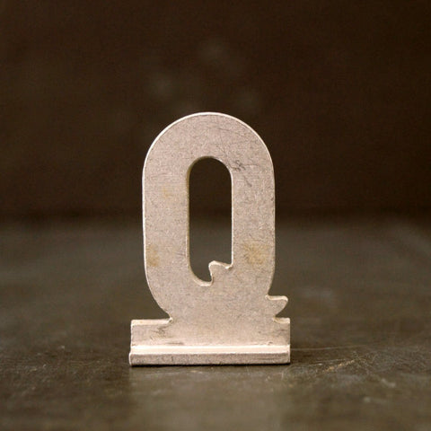 "Vintage Metal Sign Letter ""Q"" with Base, 1-13/16 inches tall (c.1950s) - ThirdShiftVintage.com"
