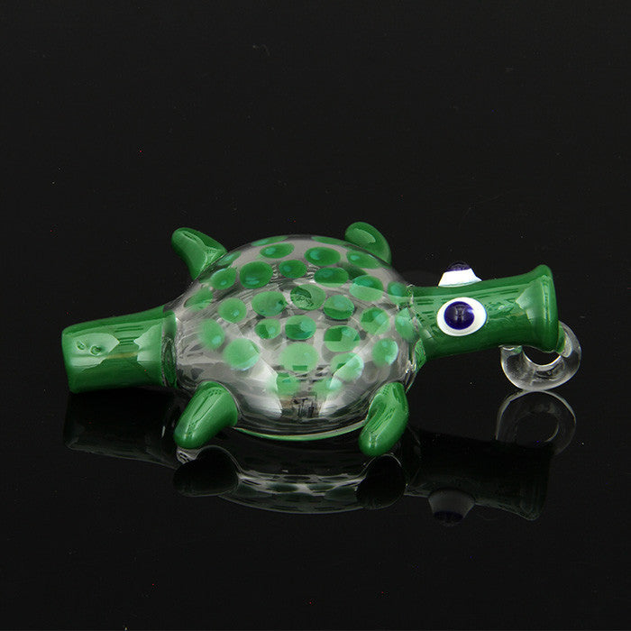 "UPC - 3.5"" Sea turtle one hitter pendant."